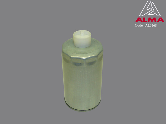 Elément filtrant gaz-oil décanteur moteur thermique. Crédits : ©ALMA